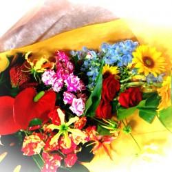 ロイヤルフラワー泉生花様とteshio paperラッピング