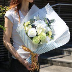 6月18日「父の日」にセルリアンブルーのストライプ柄でラッピング!!
