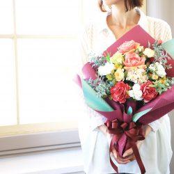 【SIBORI葡萄色・若葉色】花束ラッピングのご紹介