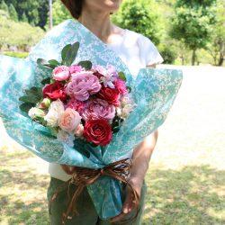 シンフォニーのラッピングで花束を。